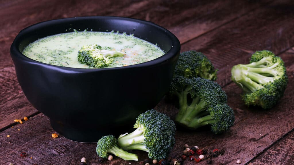 Creamy broccoli soup recipe